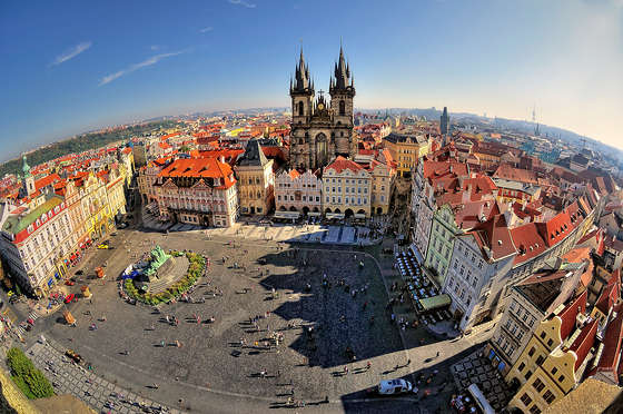 Old Town Square dans le papier peint Prague.