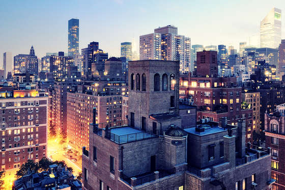 Unusual evening in New York HD wallpaper.