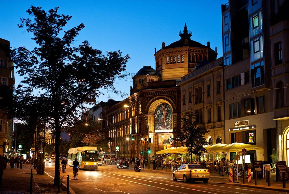 Oranienburger Straße Berlin wallpaper.
