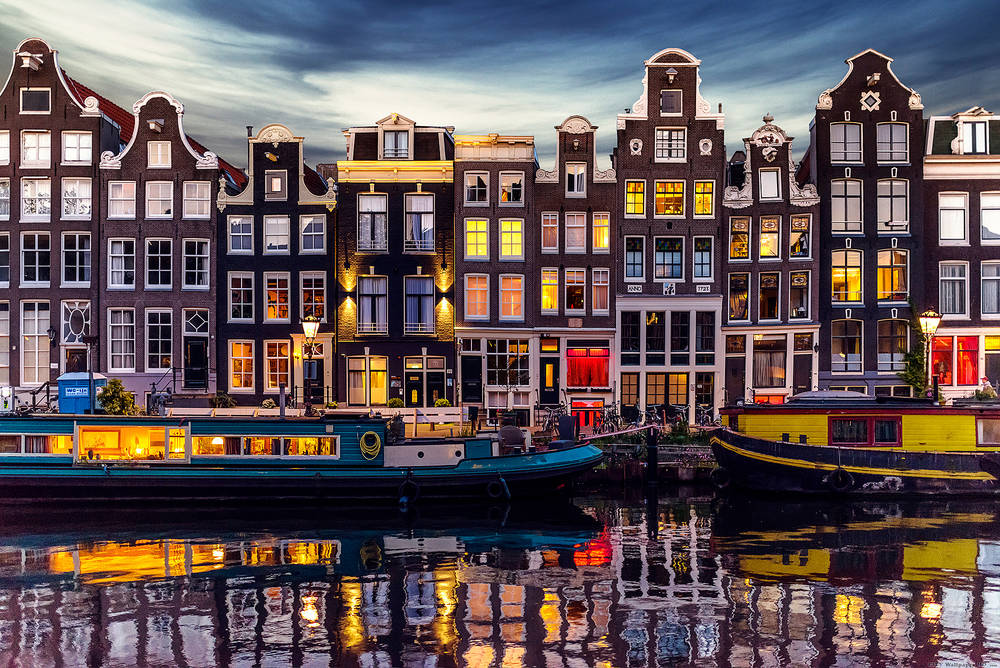 Amsterdam wallpaper.
